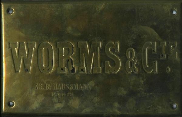 Enseigne - 45, bd Haussmann - Paris