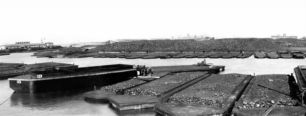 Port-Saïd - dépôt flottant de charbon - 1912