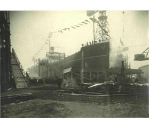 Capitaine Bonelli - charbonnier - 1er navire lancé au Trait
